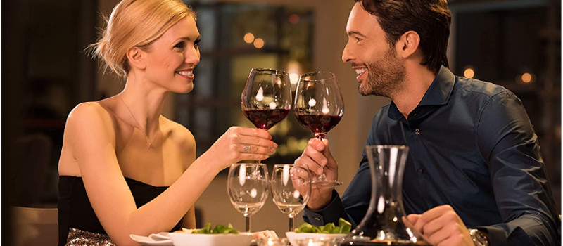 YOU AND ME, DINNER INCLUDED  -  FREE CANCELLATION